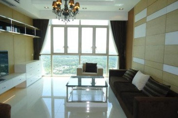 Apartment for rent in the vista 3 bedrooms river view