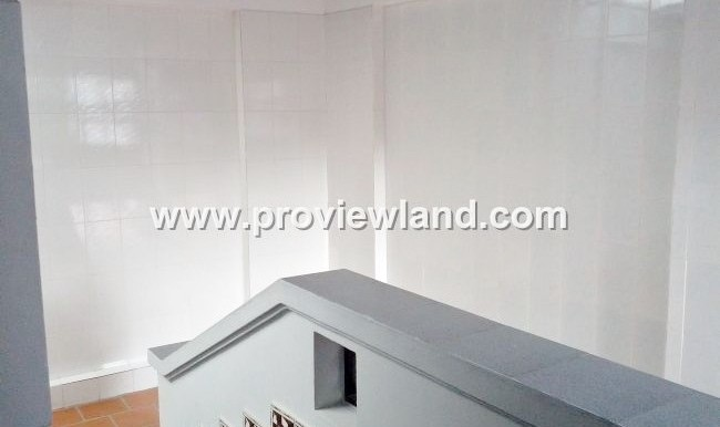 Villa-for-rent-in-Nguyen-Van-Huong-Thao-Dien-facade-attractive-price-1250-usd-5-650x400
