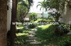 Villa-Nguyen-Van-Huong-Street-in-District-2-Thao-Dien-Ward-1-700x400