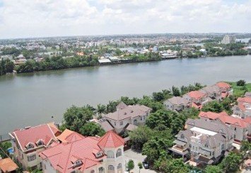 Apartment for rent in District 2 – River Garden nice interior, high level with 140 sqm