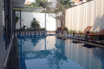 Villa for rent in Thao Dien 300sqm with pool and furniture