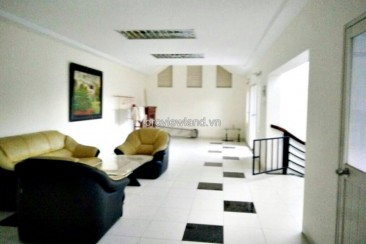 villa compound in District 2 for rent basic furniture 4 bedrooms 300 sqm