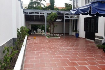 Villa for rent on Quoc Huong Street with spacious yard suitable 4 bedrooms